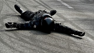 初めてのバイクで少し浮かれ気味の所に右折のクルマが。気に入っていたバイクの運命は…