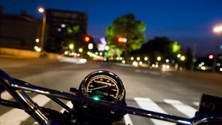 バイクがあったからこそ成り立った遠距離恋愛。片道120kmの夜道を2時間掛けて逢いに行き…