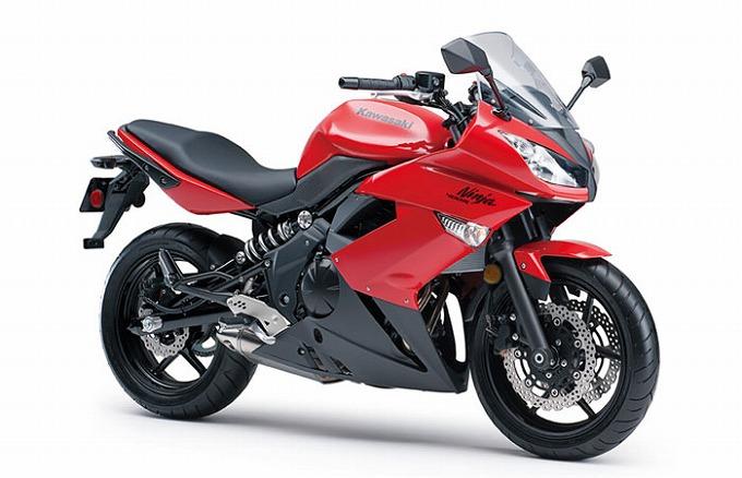 出典:totalmotorcycle.com カワサキ ニンジャ400R 2012