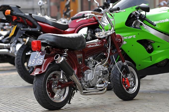 ホンダ ST70 (輸出仕様) '69 (出典:flickr.com)