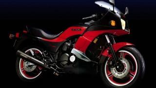 カワサキ 750ターボ ('83):750ccで112ps。強烈なターボバイク