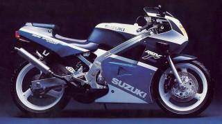 スズキ RGV250Γ (VJ21A '88-'89):2スト250ccレーサーレプリカがホットだった頃の1台