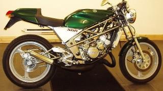 ヤマハ SDR (2TV '86-'88):単気筒2スト200cc、トラスフレームで乾燥車重105kgの異端児