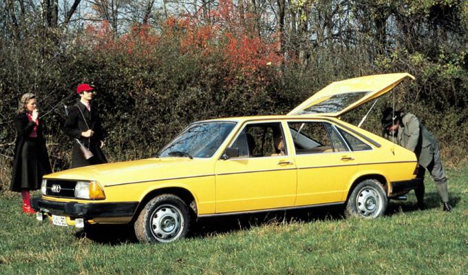 アウディ100 avant 1977