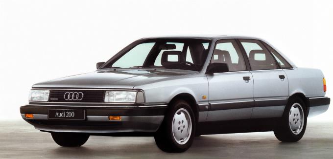 アウディ200 quattro 1988