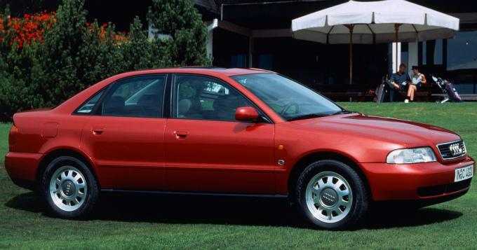 アウディA4 1994
