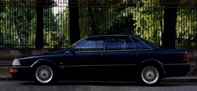 アウディ V8 1988
