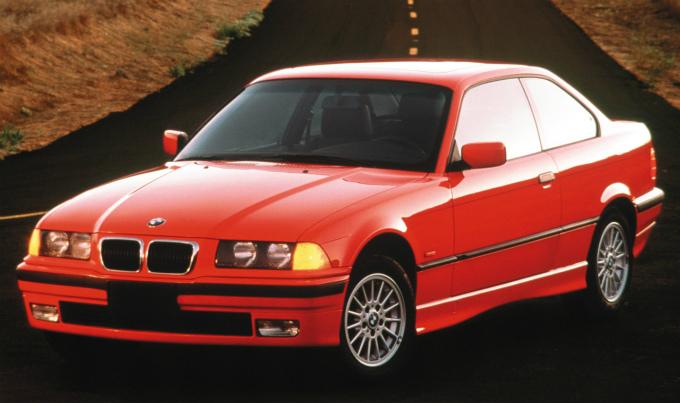 BMW 3シリーズ coupe 1991  (出典:favcars.com)