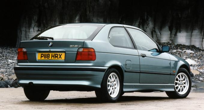BMW 318ti compact 1994  (出典:favcars.com)