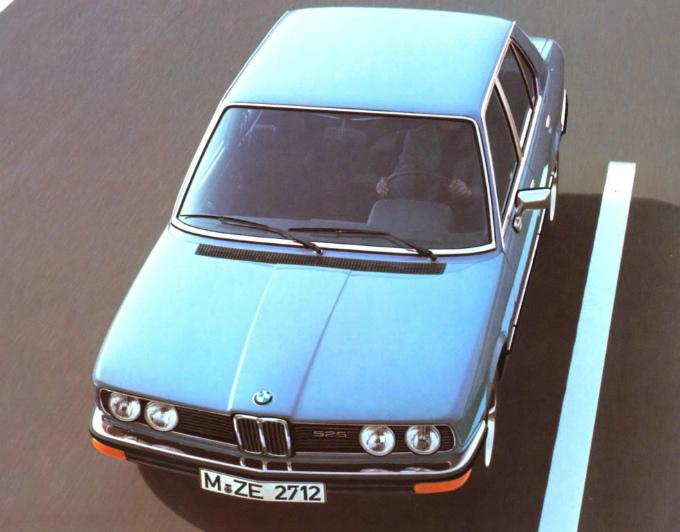 BMW 525 sedan 1976