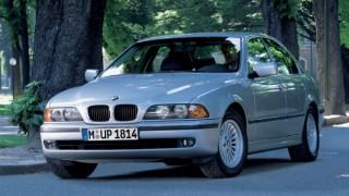 BMW 5シリーズ (4代目 E39 '96-'03):先代からボディを拡大し安全装備を充実