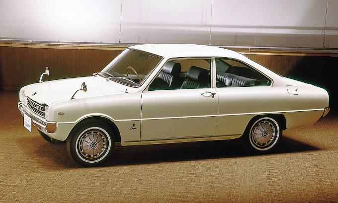 マツダ ファミリア1200 クーペ 1967