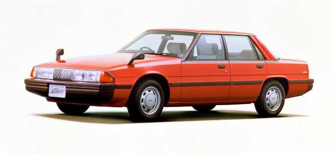 マツダ ルーチェ4Drハードトップ 1981
