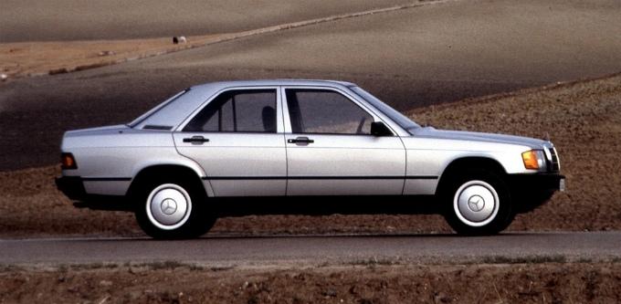 メルセデス・ベンツ190E 1982