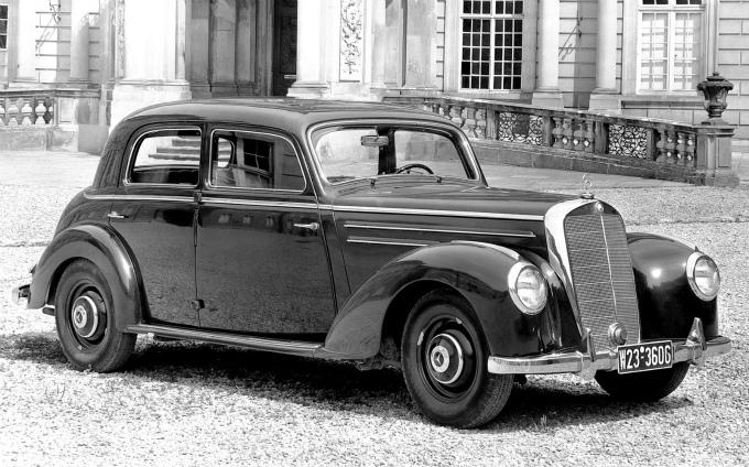 メルセデス・ベンツ タイプ220 1951