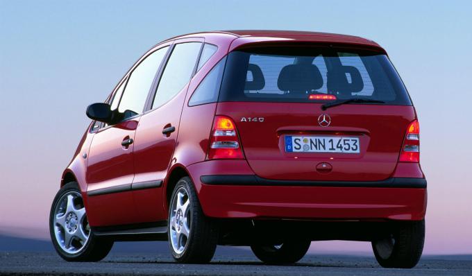 メルセデス・ベンツ A140 2000