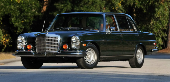 メルセデス・ベンツ 300SEL 1967