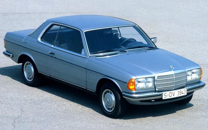 メルセデス・ベンツ W123 クーペ 1977