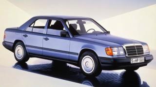 メルセデス・ベンツ ミディアムクラス(Eクラス初代 '85-'95):空力特性を改善しサスペンション形式を一新 [W124]