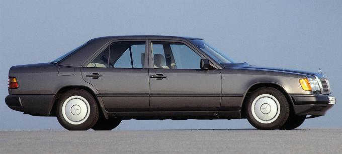 メルセデス・ベンツ E300d 1985