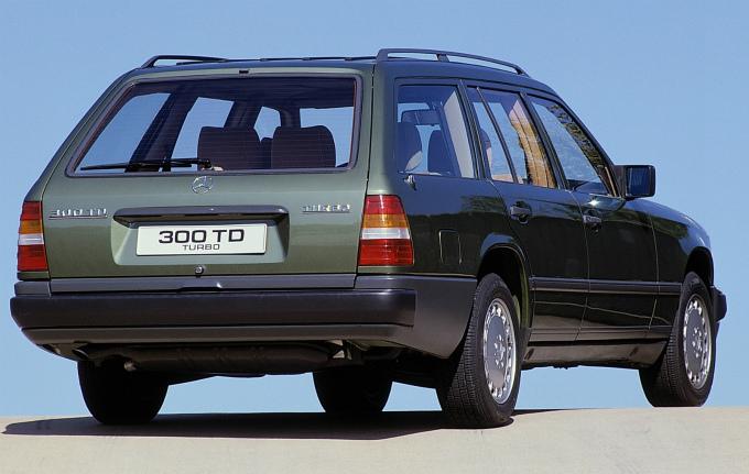 メルセデス・ベンツ E300 td turbo estate 1986