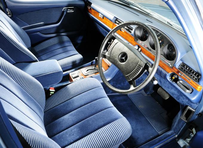 メルセデス・ベンツ Sクラス 1972  (出典:favcars.com)