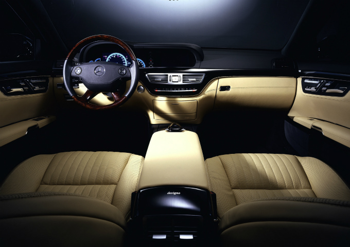 メルセデス・ベンツ S600 2005