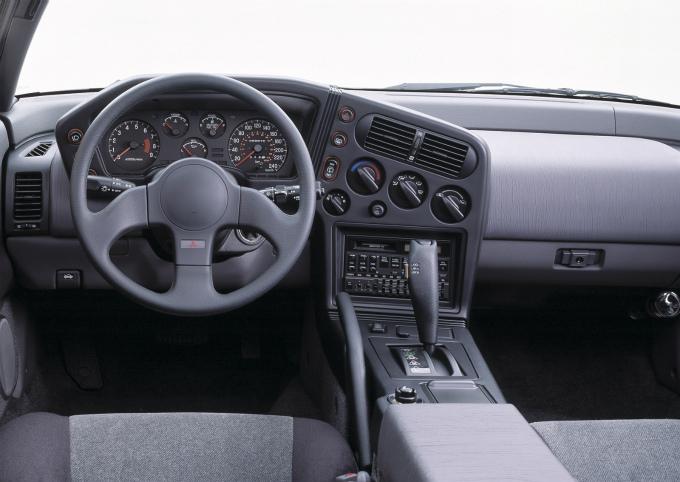 三菱 エクリプス 1990