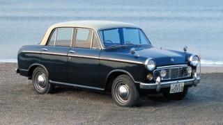 ダットサン ブルーバード (初代 310 '59-'63):バランスの良さから国産小型セダンの代表格的存在に