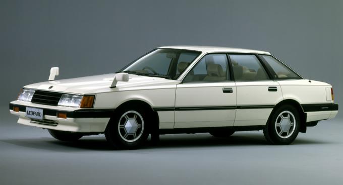 日産 レパード Tr X 初代 80 86 :ブルーバードの上位に位置する高級パーソナルカー F30