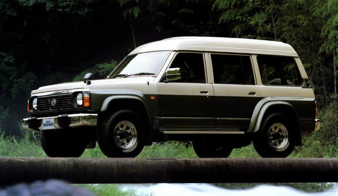 日産 サファリ 1987