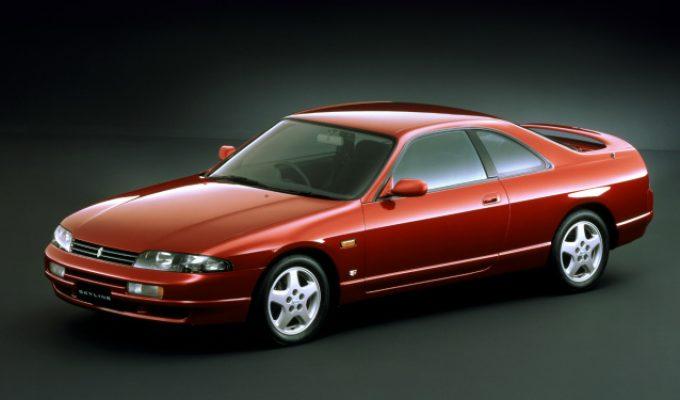 日産 スカイライン (9代目 R33 1993-1998):先代から再びボディを拡大し全車3ナンバーサイズに