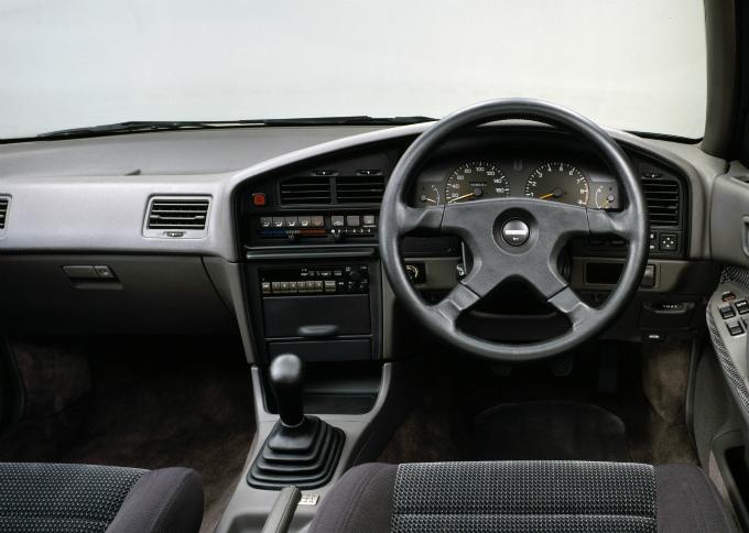 スバル レガシィ 2.0RS 1989
