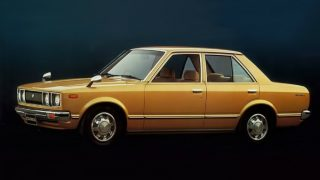 トヨタ カリーナ (2代目 A4♯ '77-'81):直線基調のスタイリングに変貌し排ガスをクリーン化