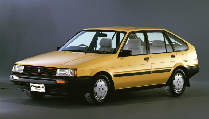 1983 Toyota Corolla >> トヨタ カローラ (5代目 1983-1987):セダン系がFF方式に変更されると共に4輪独立懸架を採用 [E8♯]