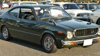 トヨタ カローラレビン/スプリンタートレノ (2代目 '74-'79):レビン/トレノで異なるボディを採用し別型式に [TE37/51/55/47/61/65]