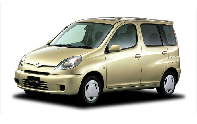トヨタ ファンカーゴ 1999