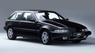 ボルボ 400シリーズ (480/440/460 '86-'96):同社初となるFF方式を採用した小型乗用車