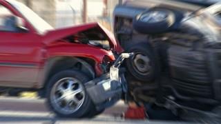 前の車がいきなりUターン。同乗者は怪我。謝らない相手。精神的ショックは今も続く