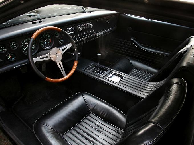 デトマソ マングスタ 1967-71 (出典:carstyling.ru)