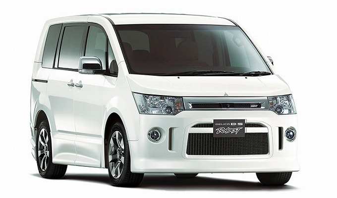 三菱 デリカ D:5 2015 (出典:mitsubishi-motors.co.jp)