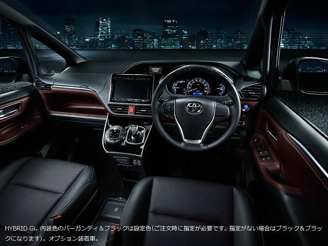 トヨタ エスクァイア 2015