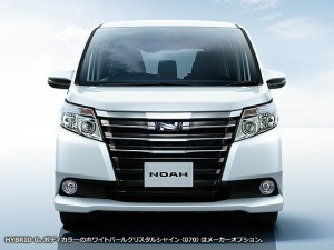 トヨタ ノア 2015 (出典:toyota.jp)