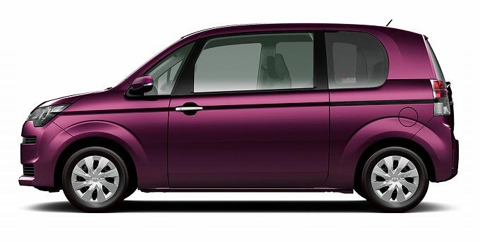 トヨタ スペイド 2015