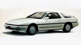 トヨタ スープラ (初代 A70 '86-'93):セリカXXの後を継ぎ、更なる高性能を追求