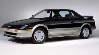 トヨタ MR2 (初代 AW10/11 '84-'89):国産車初のミッドシップスポーツとしてデビュー