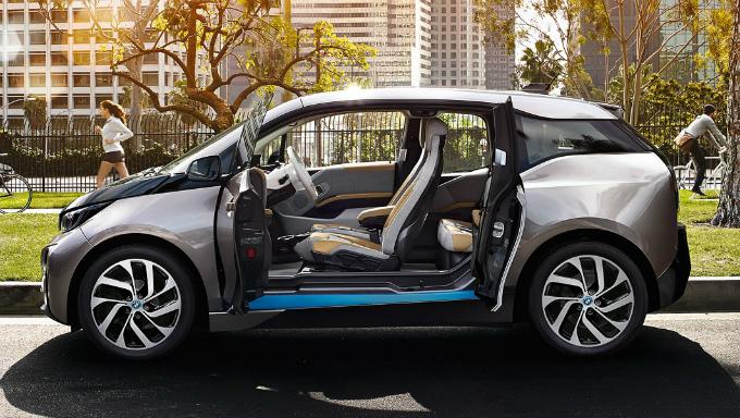 BMW i3 2015 (出典:bmw.co.jp)