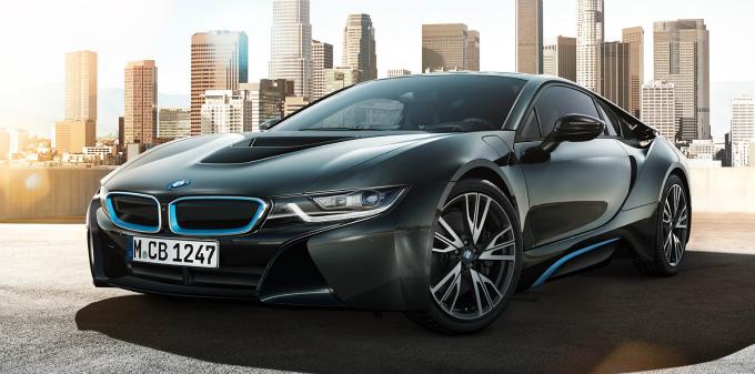 BMW i8 2015 (出典:bmw.co.jp)
