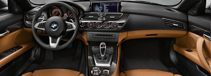 BMW Z4 2015 (出典:bmw.co.jp)