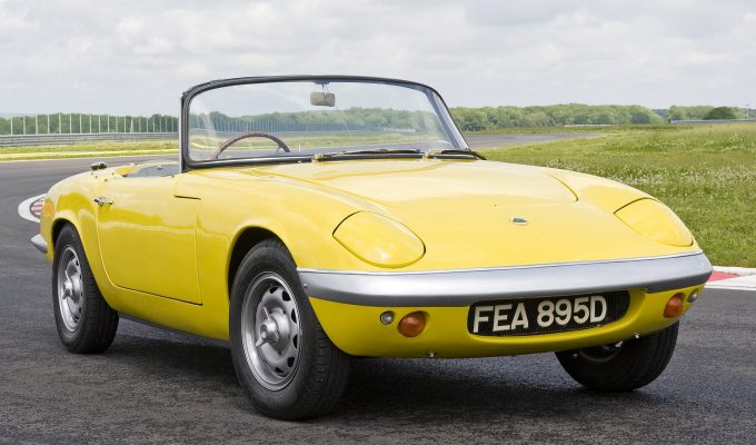ロータス エラン (初代 1962-1975):後のスポーツカーに大きな影響を与えた名車